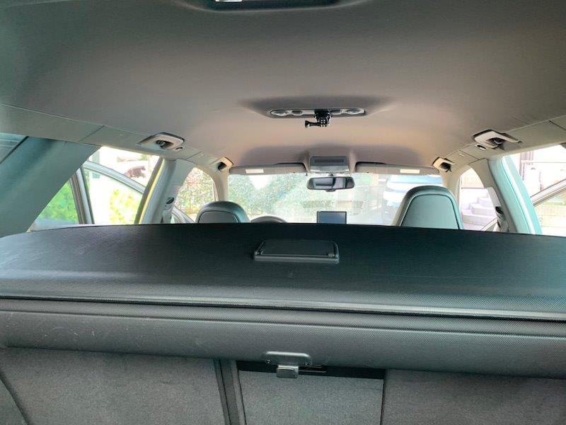 アウディ RS4の天井張り替え後