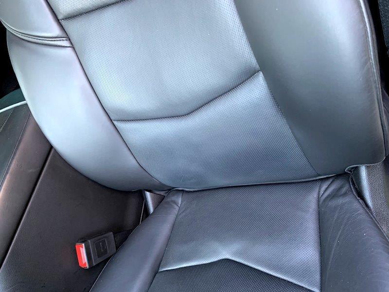 キャデラック エスカレードのシート補修・塗装後