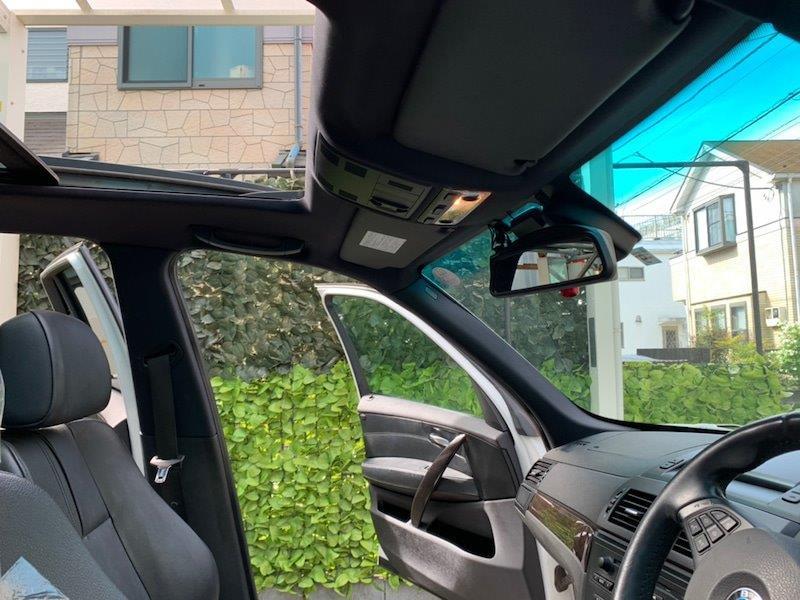 BMW X3 スカイサンルーフボード張り替え前