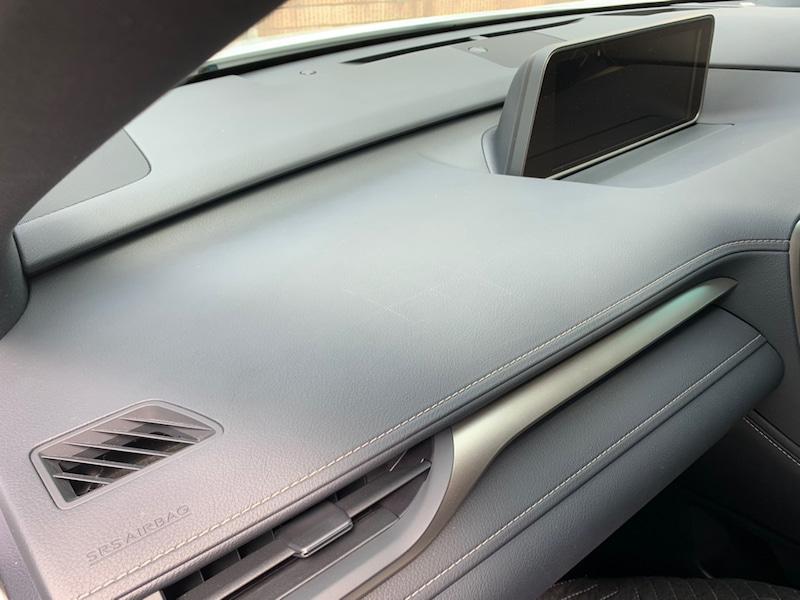 レクサスRX450h ダッシュボード補修・塗装前