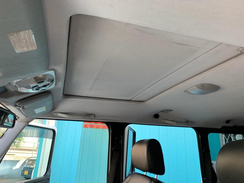 メルセデスベンツ G500ゲレンデ天井の垂れ・剥がれ