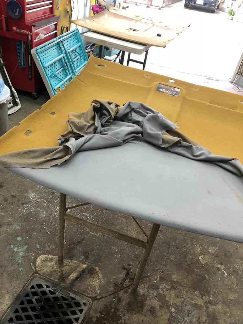 日産GTR R32 天井の剥がれ